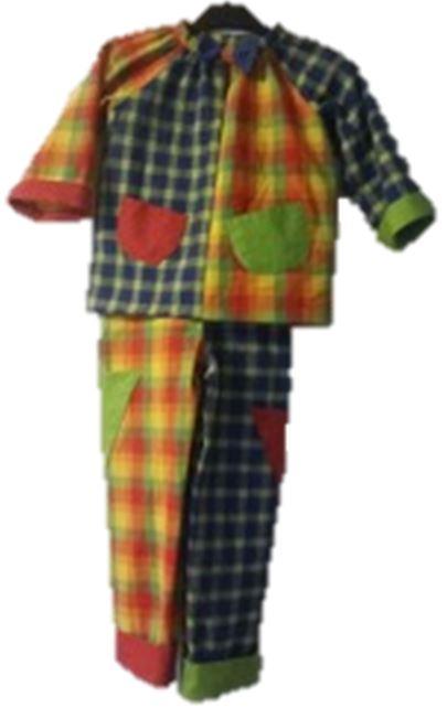 Kinderclown  Clownkostüm für unsere Kleinsten aus flauschigem Baumwollflanell genäht.  Die Taschen sind aus bunten Baumwollstoffen aufgenäht.